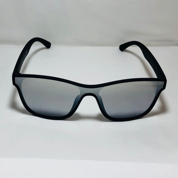 7a3543c8e012 Black Silver Square Single Lens Sunglasses
